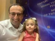 Այսօրվա քաղաքացիների ընդունելությանը ծանոթացա 3-ամյա Անգելինայի հետ. Ա. Թորոսյան