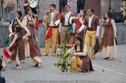 Վարդավառի տոնին նվիրված միջոցառումների մեկնարկը տրվել է երթով (լուսանկարներ)