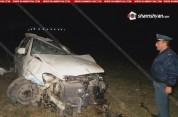 Տավուշի Porsche Cayenne-ը բախվել է երկաթե արգելապատնեշներին, հայտնվել ձորակում.կա 1 զոհ, 1...