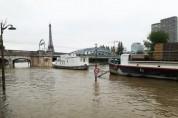 Փարիզում Սեն գետը դուրս է եկել ափերից
