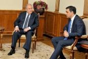 Նախագահ Արմեն Սարգսյանը հանդիպել է Հայաստանի մարդու իրավունքների պաշտպանի հետ