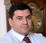 ՍԱՍ-ի Արտակը իր աշխատակիցներին ստիպում է գրանցվել Արաբկիրում. ահազանգ