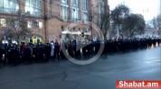 Քաղաքացիները երթով շարժվում են դեպի դատապարտյալների հիվանդանոց (տեսանյութ)