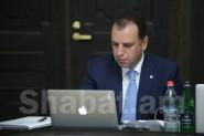Виген Саркисян: мы не отбираем сигареты  у солдат