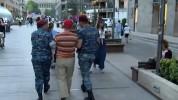 Ոստիկանները բերման են ենթարկել  Հաց բերողի հիշատակի ակցիայի մասնակիցներին (տեսանյութ)
