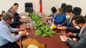 ԱՄՆ դեսպանը հանդիպել է Սյունիքի մարզպետի, Մեղրիի, Գորիսի և Սիսիանի քաղաքապետերի հետ (լուսա...