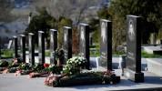 Նիկոլ Փաշինյանի անունից ծաղիկներ են դրվել Ապրիլյան քառօրյա պատերազմի հերոսների շիրիմներին ...