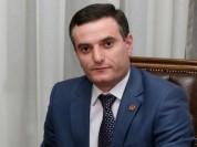 Инцидент произошел с Артаком Закаряном. В Киеве его окружил ОМОН. «Грапарак»