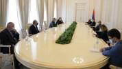 Արմեն Սարգսյանը հյուրընկալել է Արցախի Ազգային ժողովի պատվիրակությանը՝ ԱԺ նախագահ Արթուր Թո...