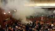 Կոսովոյի խորհրդարանում ընդդիմադիր պատգամավորներն արցունքաբեր գազ են կիրառել (տեսանյութ)