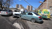 Խոշոր ավտովթար Երևանում. բախվել են Toyota Corolla-ն, Нива-ն ու Ford Transit-ը. 5 վիրավորնե...