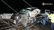Խոշոր ավտովթար մահվան ելքով․ Mercedes բախվել է արգելապատնեշներին և մոտ 300 մետր մի քանի պտ...