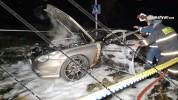 Երևանում Mercedes մակնիշի մեքենան վերածվել է մոխրակույտի
