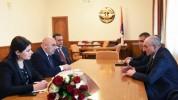 Բակո Սահակյանը հանդիպել է ՀՀ հեռուստատեսության եւ ռադիոյի հանձնաժողովի պատվիրակության հետ