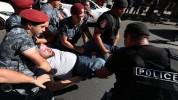 Շառլ Ազնավուրի հրապարակից բերման է ենթարկվել 21 քաղաքացի