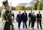 Председатель Правительства РФ воздал дань уважения памяти жертв Геноцида армян