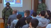 Ռուս խաղաղապահները անվտանգության դասեր են անցկացրել Ստեփանակերտի դպրոցներից մեկում (լուսան...