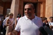 Самвел Алексанян начал раздавать деньги своим «активистам». «Жаманак»