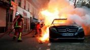 Փարիզում ցուցարարները մեքենաներ են այրել