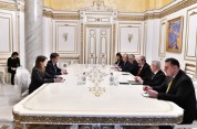 Վարչապետն ընդունել է ԱՄՀ հայաստանյան առաքելության նոր ղեկավարին, քննարկվել են համատեղ ծրագ...