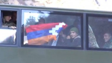 Հայկական զորքը դուրս է բերվում Քարվաճառից (տեսանյութ)