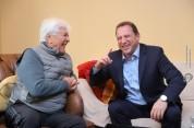 Դավիթ Տոնոյանն այցելել և շնորհավորել է Ռոբերտ Ամիրխանյանին (լուսանկարներ)