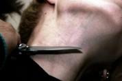 Գեղարքունիքում տղամարդը թաղման ժամանակ կտրել է 45-ամյա մասնակցի պարանոցը