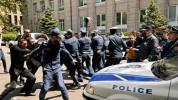 ԿԲ-ի մոտ ակցիայի 5 մասնակից բերման է ենթարկվել. ՀՀ ոստիկանություն