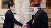 Կաթողիկոսը հրաժեշտի հանդիպում ունեցավ ՀՀ-ում Ղազախստանի դեսպանի հետ