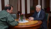ՀՀ պաշտպանության նախարարը մտքեր է փոխանակել Անջեյ Կասպրշիկի հետ