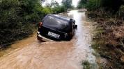 Ասկերան քաղաքում հոսող գետի մեջ մեքենա է կողաշրջվել