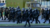 Մինսկի կենտրոնում նոր ձերբակալություններ են սկսվել. զինվորականները սկսել են ցուցարարներին ...