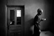 Ուկրաինացի լուսանկարչի բացառիկ լուսանկարները հոգեբուժարանի պատերի ներսում (ֆոտոշարք)