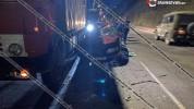 Սյունիքի մարզում ավտովթար է եղել. Opel-ը մխճվել է КамАЗ-ի հետնամասի մեջ. կան վիրավորներ