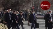 Նիկոլ Փաշինյանն առանց խոչընդոտների դուրս եկավ ՇՄ նախարարության շենքից (տեսանյութ)