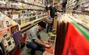 ԱՄՆ-ում վինիլային և CD սկավառակների վաճառքները գերազանցել են վճարովի երաժշտության ներբեռնմ...