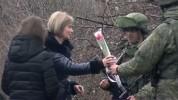 Ռուս խաղաղապահները արցախցի կանանց շնորհավորել են գալիք Կանանց միջազգային օրվա առթիվ