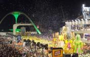 Сегодня стартует карнавал в Рио (фото)