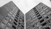 Երևանում 14-ամյա աղջիկը սպառնացել է ցած նետվել շենքերից մեկի պատուհանից