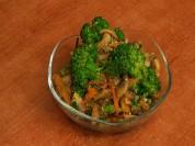 Ինչպես պատրաստել սնկով և բրոկկոլիով նախուտեստ. Պասի ուտեստ