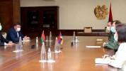 Տեղի է ունեցել ՀՀ պաշտպանության նախարարի և Հայաստանում Բելառուսի դեսպանի հանդիպումը