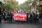 Протесты в Армении набирают обороты: студенты пойдут к Национальному Собранию