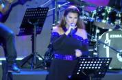 Լիբանանցի աշխարհահռչակ երգչուհին կատարում է «Մի գնա» երգը