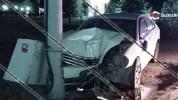 «Եռաբլուր»-ի մոտ Nissan-ը բախվել է էլեկտրասյանը․ վարորդը հոսպիտալացվել է