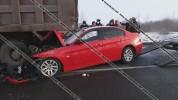 Գեղարքունիքի մարզում BMW-ն մխրճվել է բեռնատարի հետնամասի մեջ. 5 վիրավորների մեջ կան երեխան...
