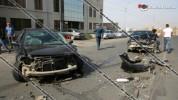 Խոշոր ավտովթար Երևանում. Բագրևանդի փողոցում բախվել են BMW-ն ու Renault Megane-ը․ կան վիրավ...